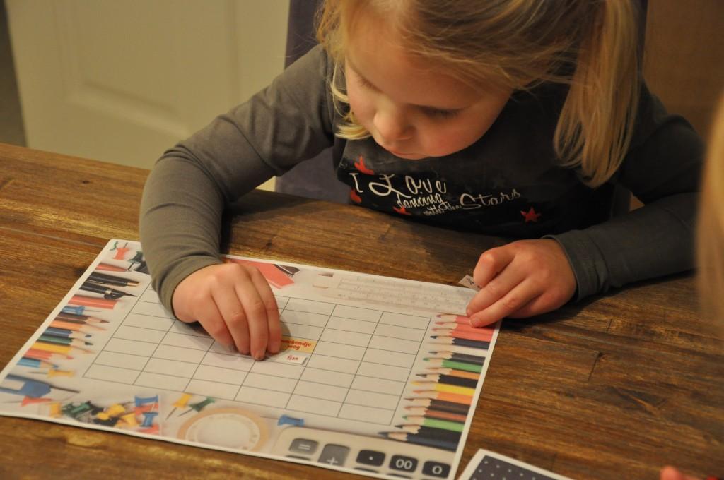Een leuke planner, ook te gebruiken voor beloningsstickers stond onder de 'back to school' downloads van Epson.