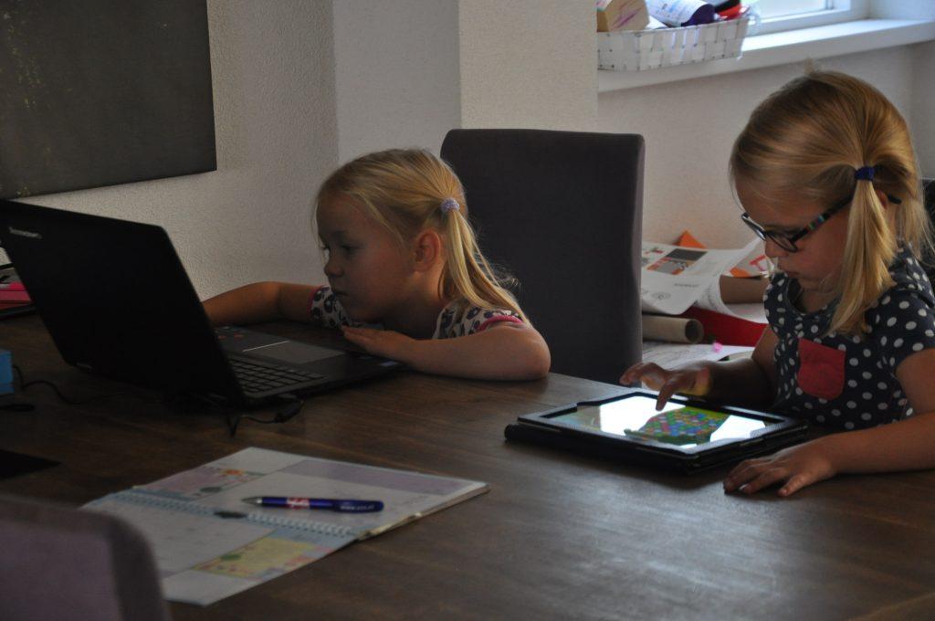 Welke educatieve apps spelen mijn dochters?