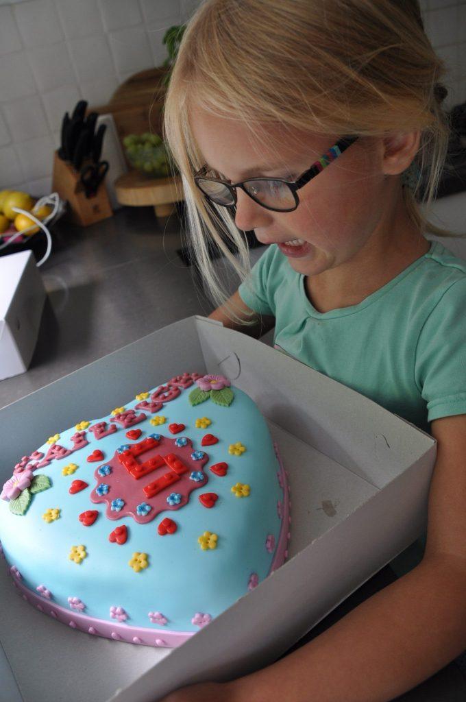 lego friends verjaardagstaart